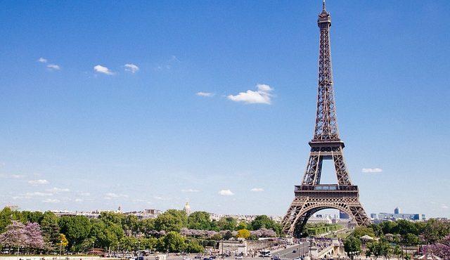 דילים לפריז