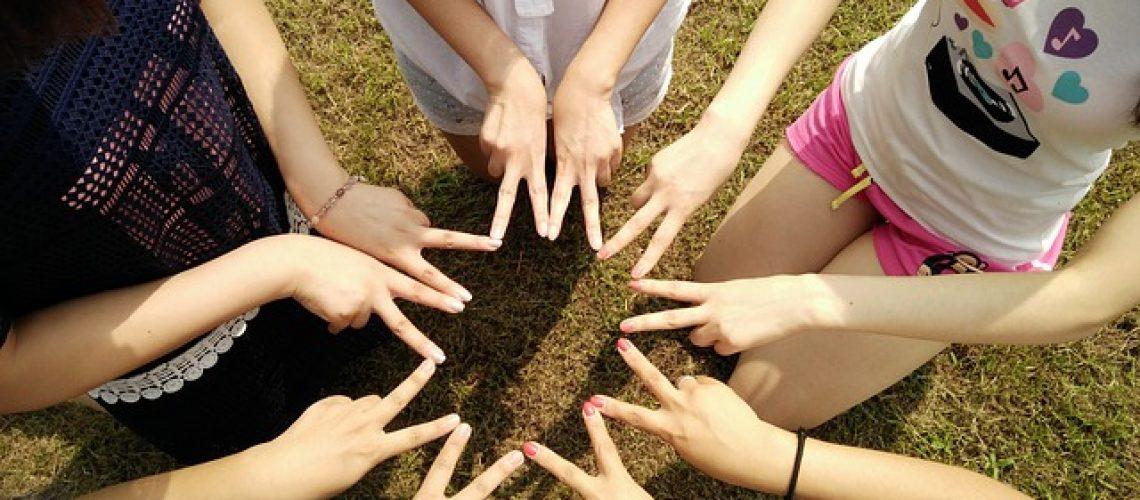 פעילויות גיבוש לילדים בקבוצות - לאתגר את הילדים ולהקנות להם ערכים